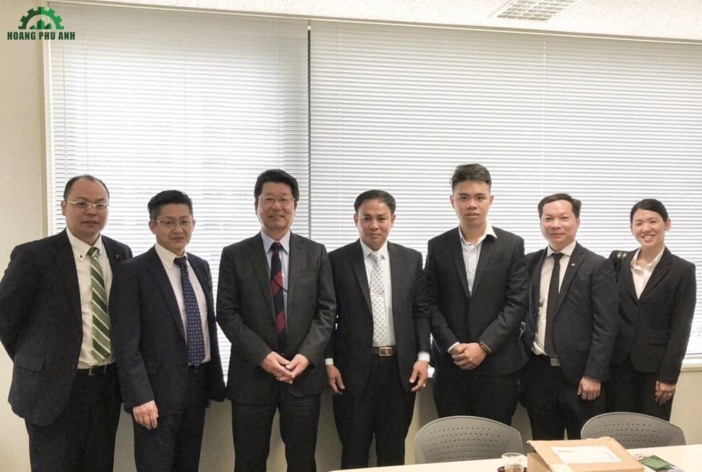 Đại diện Toho-Leo và ban lãnh đạo công ty Hoàng Phú Anh